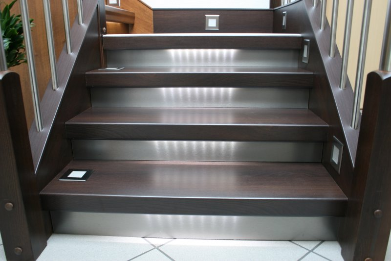 Treppenstufen Holz Verkleben ~ Treppengeländer  mehr als nur eine Absturzsicherung
